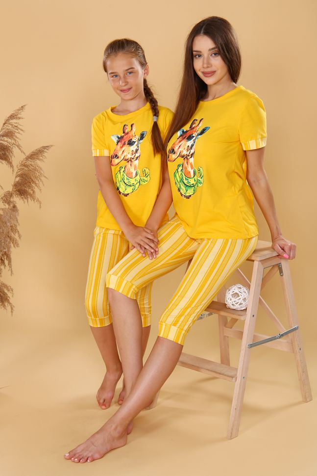 Время насладиться уходящим летом вместе с одеждой от 1TTD.RU